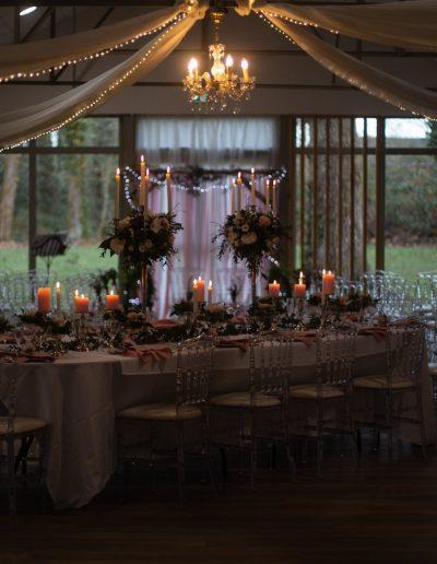 Décoration de mariage à Deauville, au Domaine les Planches - Tablée de nuit avec alcove et bougies, par CREA EVENT, Décoratrice UFDI à Honfleur, Deauville, Caen - 14