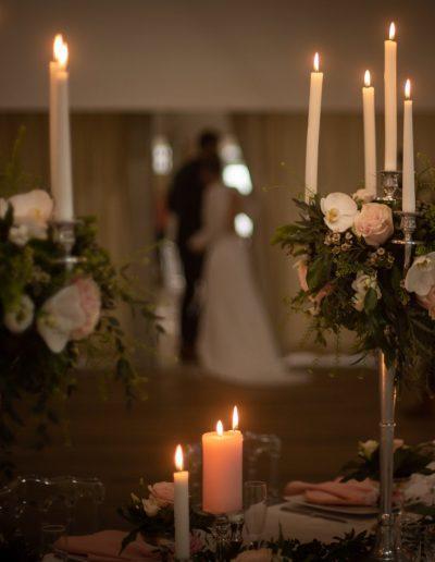 Décoration de mariage à Deauville, au Domaine les Planches - Tablée de nuit avec bougies, par CREA EVENT, Décoratrice UFDI à Honfleur, Deauville, Caen - 14