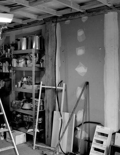 Chambre d'hôtes style indus Honfleur - ancien garage avant travaux, par CREA DECO, Décoratrice UFDI à Honfleur, Deauville, Caen - 14